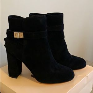 NWT FAITH GENUINE SUEDE HELLED ANKLE BOOTS